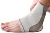 MUELLER Life Care ™ Contour Ankle 47011-14, členková ort...
